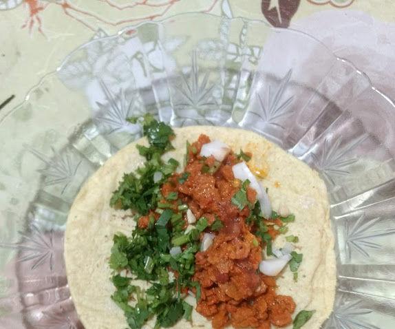 Tacos Al Pastor De Soya Con Salsa Roja