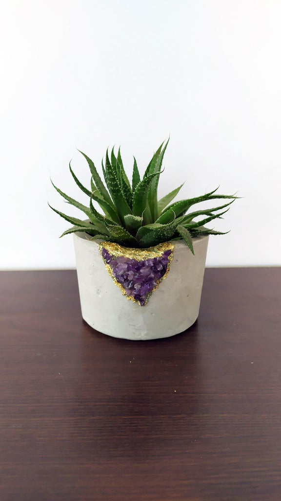 How to Make an Amethyst Geode Plaster Planter