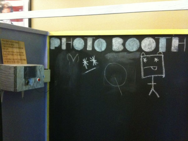 Automatic Photo Booth Using Arduino Board