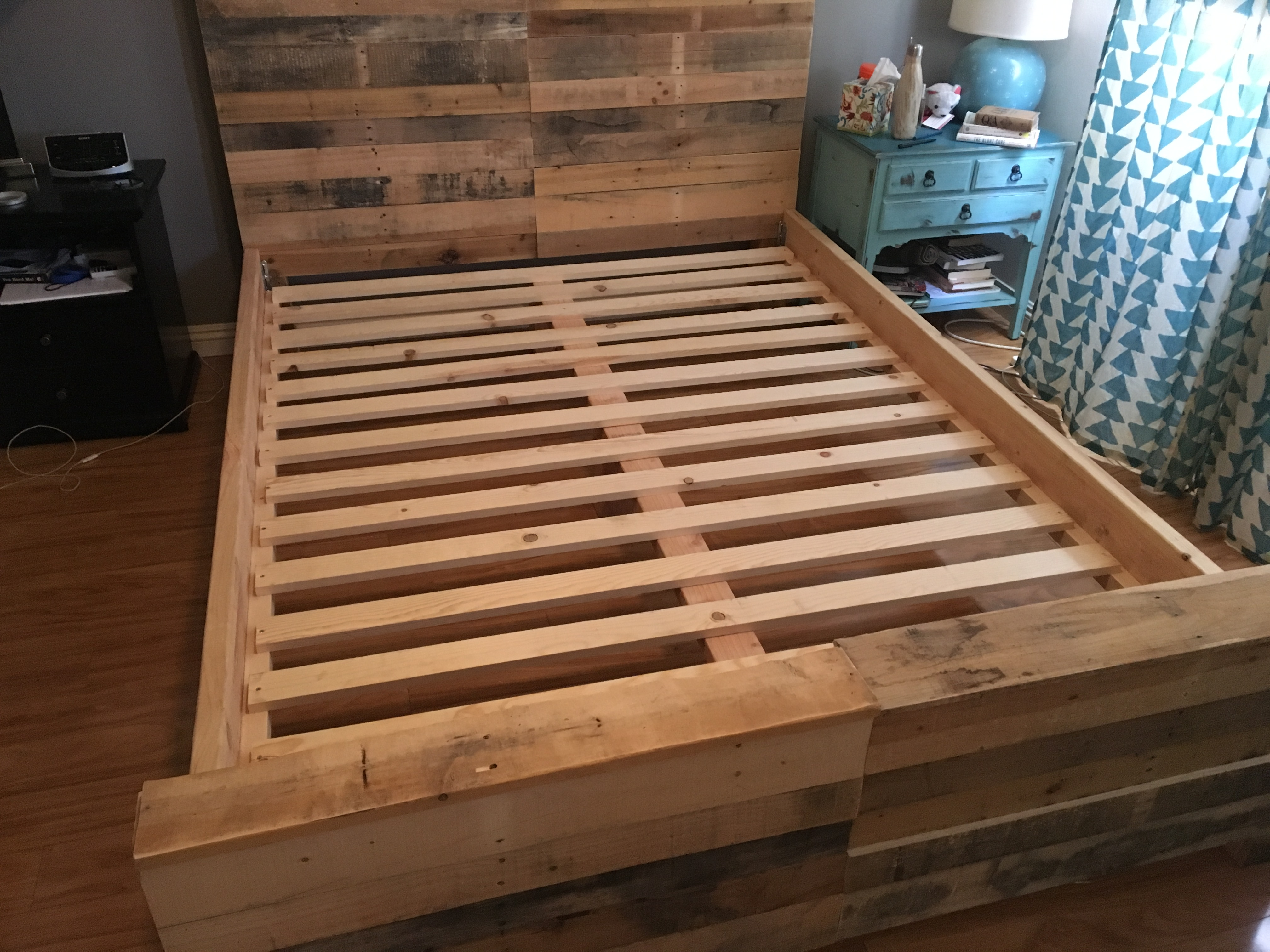 A Pallet Wood Headboard 11 Steps With Pictures Instructables