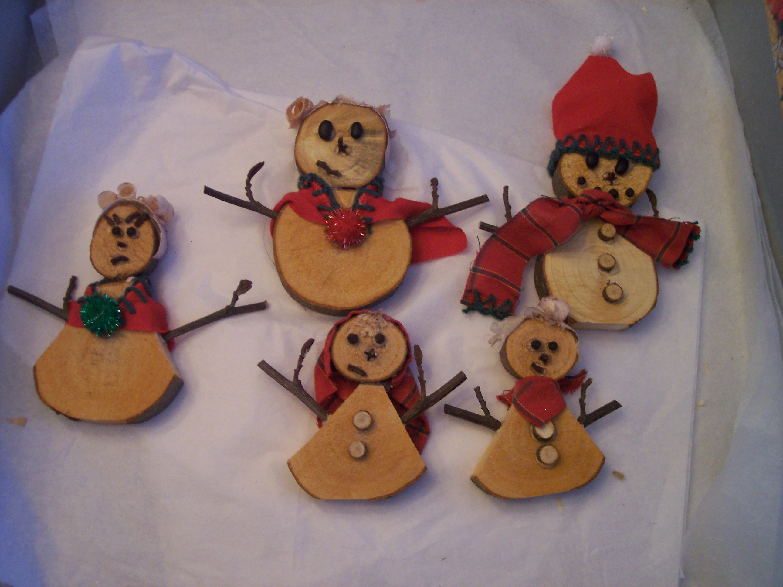 Decorative Wooden Snowman Family.