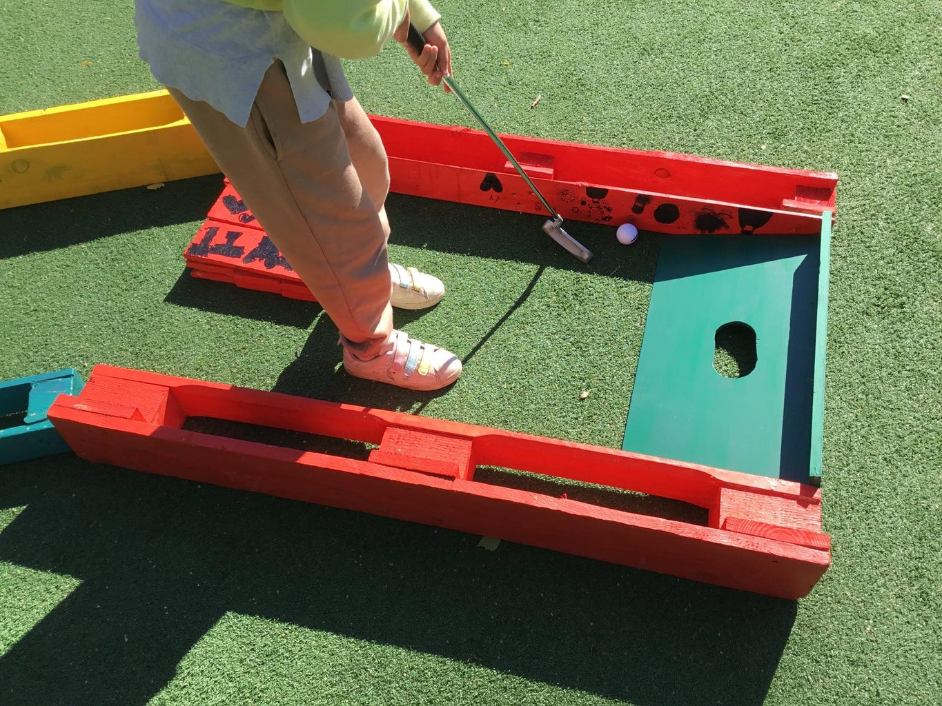 Pallet Minigolf (modular and Recycled)