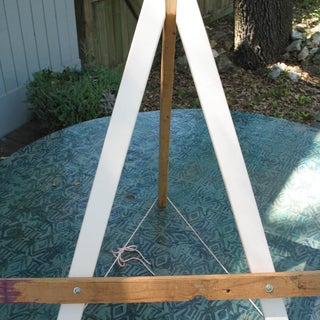 Wood Easel - Simple and Inexpensive