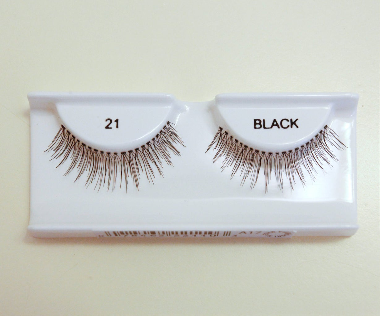 Fit and Bend the Lashes