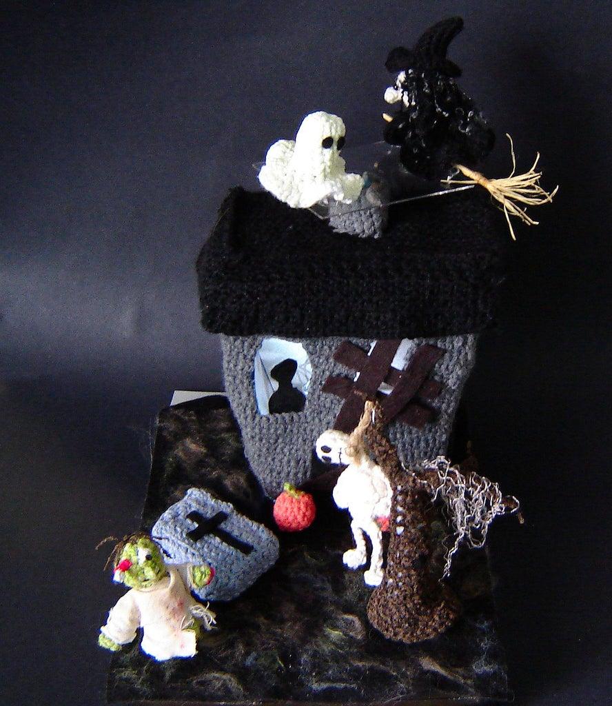 Crochet Haunted House
