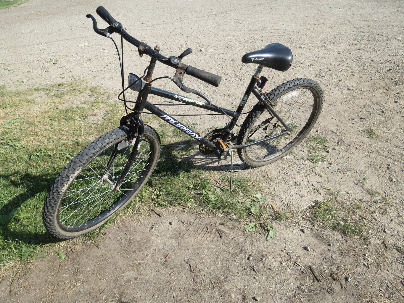 Find Dilapidated Bike With Good Wheels
