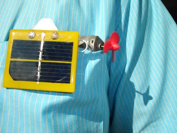 Simple Solar Powered Pocket Submarine With Depth Control.
