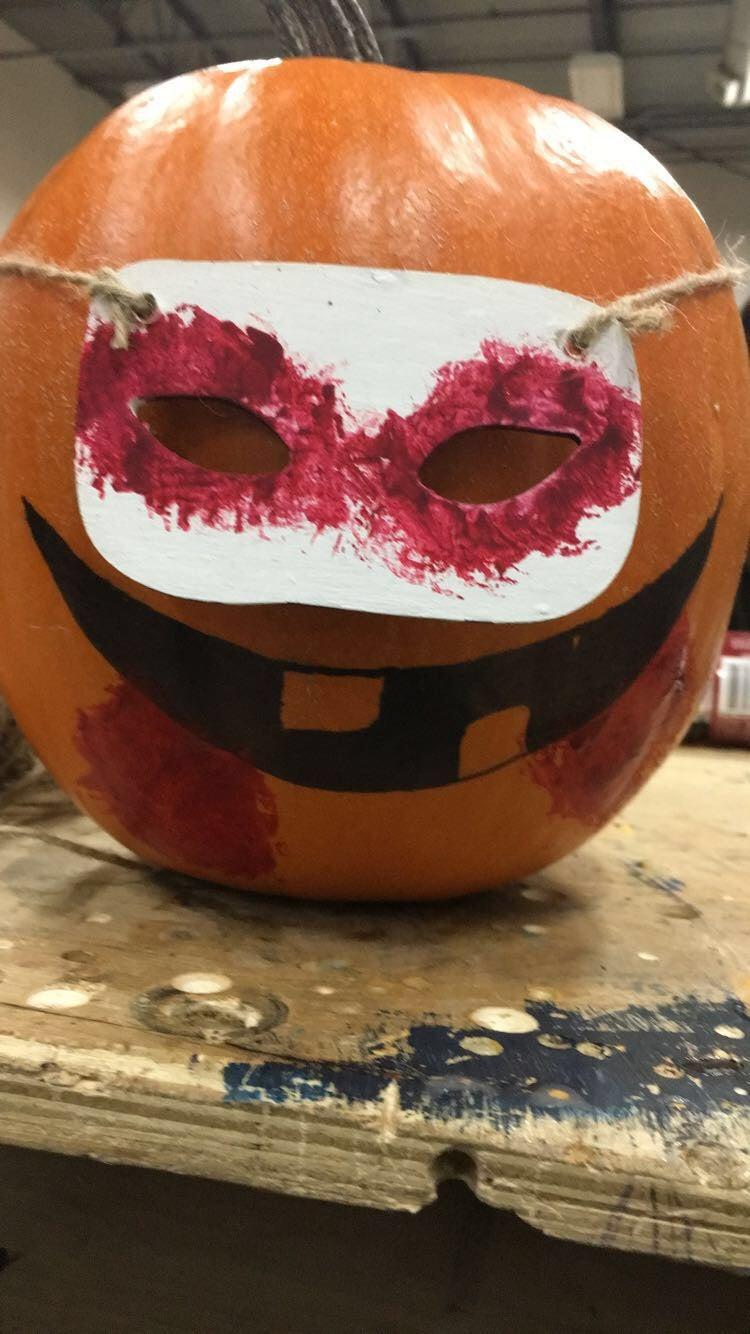How to Make a Vampire Pumpkin