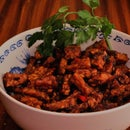 Tempeh Kering (Vegetarian Indonesian Side-dish)