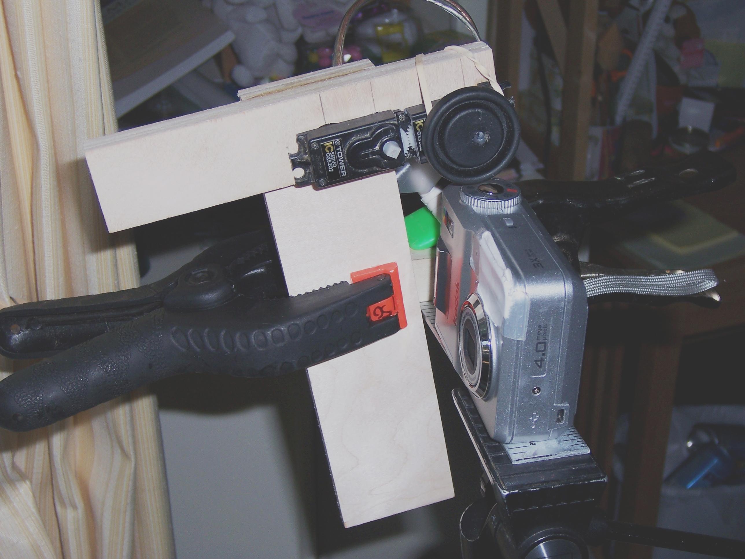 electromechanical time lapse trigger