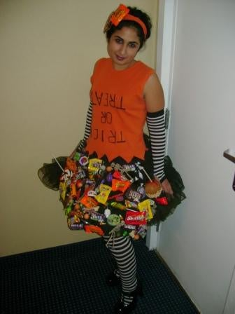 How to Make an Emptying Trick-or-treat Bag Dress