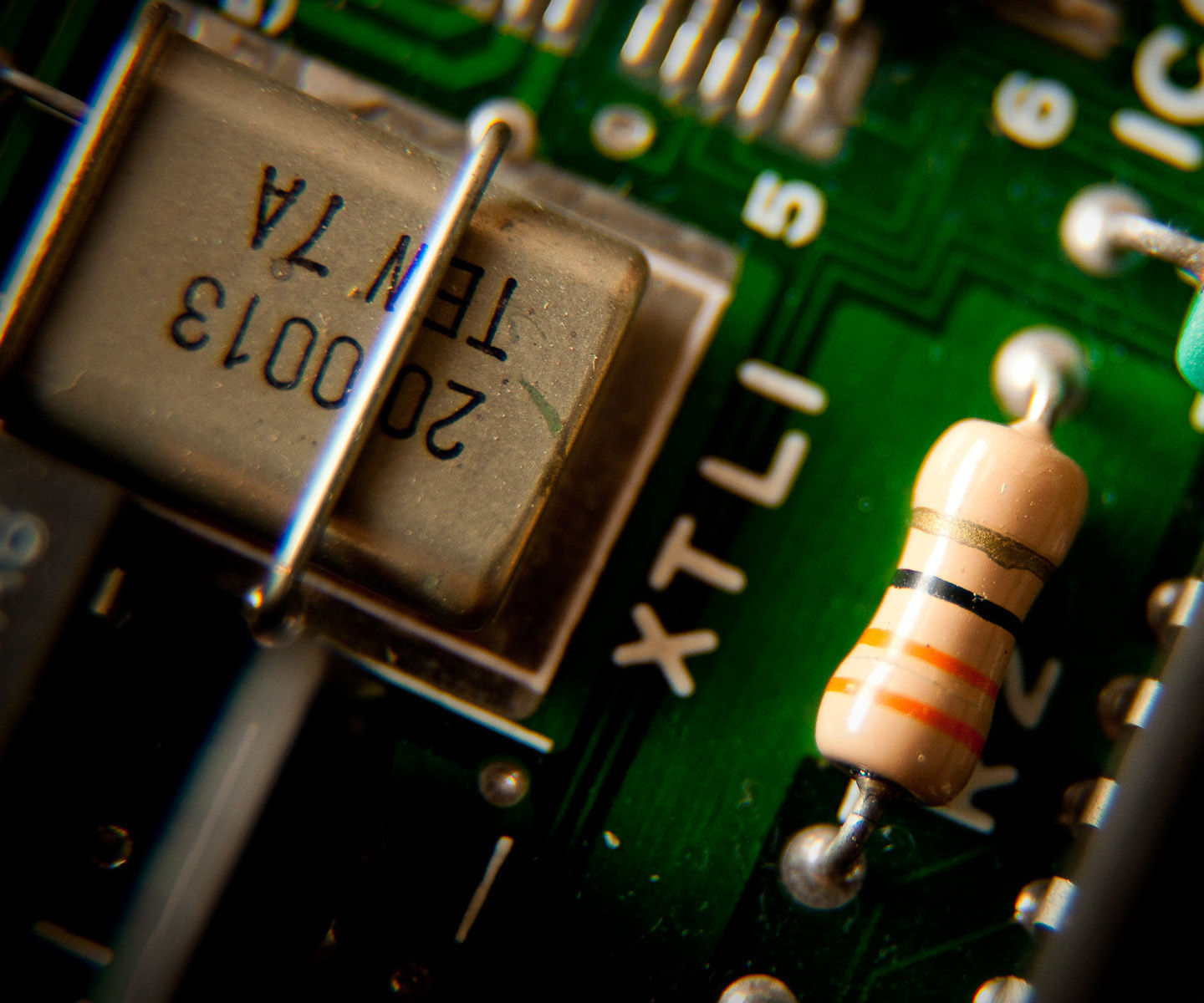 Hey Beginners - flashing led with an IC 555 for dummies.. basics of electronics