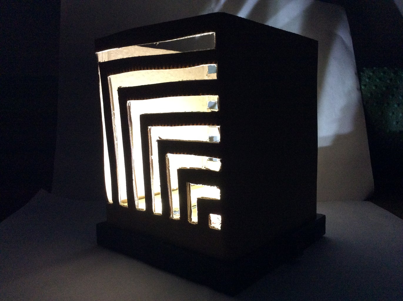 Cardboard Ambience Lamp