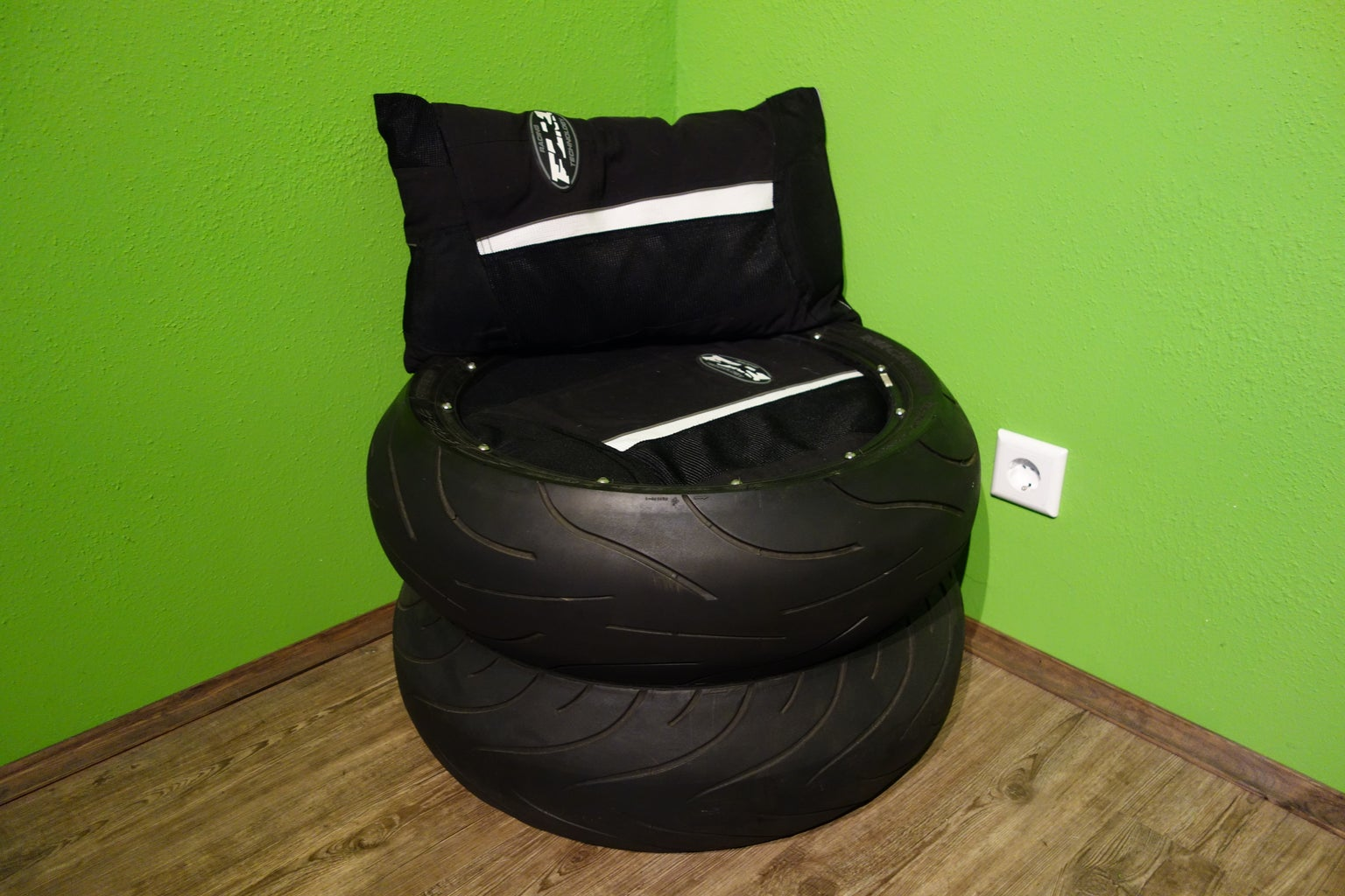 Simple Motorcycle Tire Chair