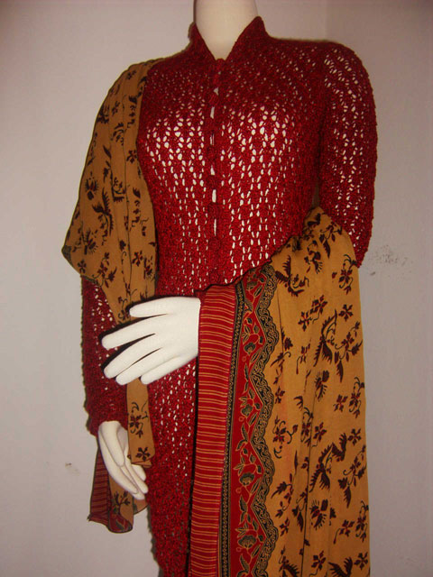 Knitted Kebaya for Lion Brand Challenge