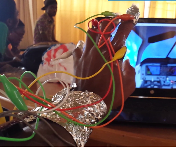 The Makey-Makey Handy Game Controller