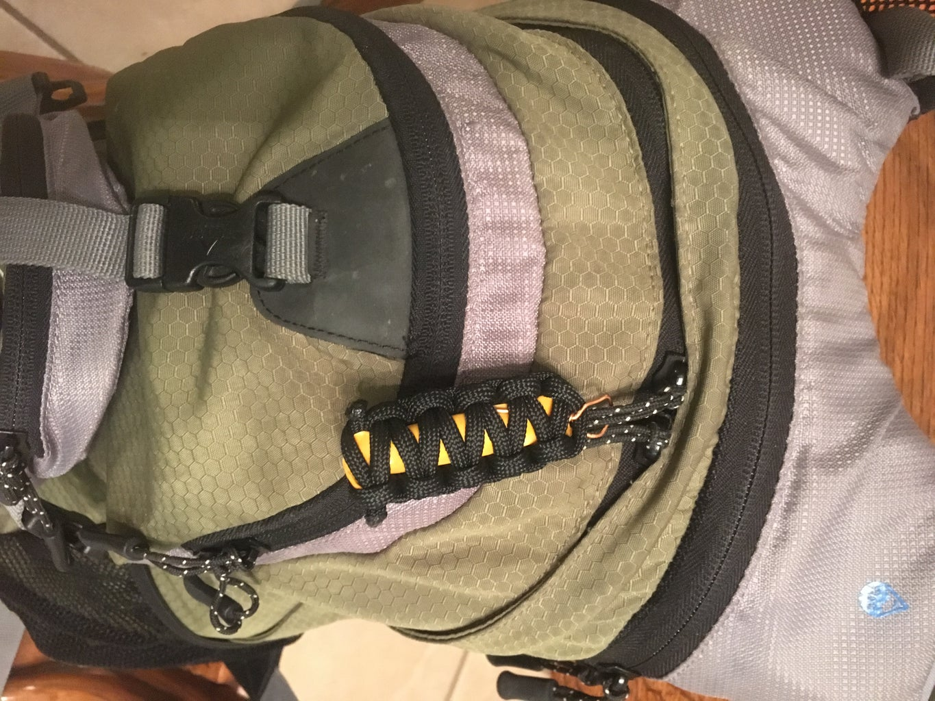 DIY Survival Zipper Pull for Your Backpack