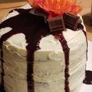 Double Chocolate Deluxe Cake