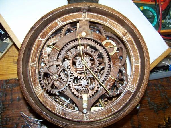 Wooden Gear Banjo Clock