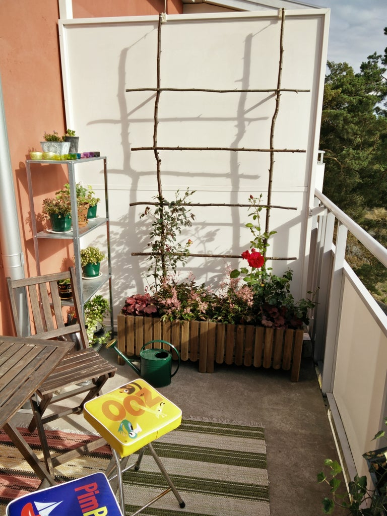 Balcony Trellis Without Harming Walls