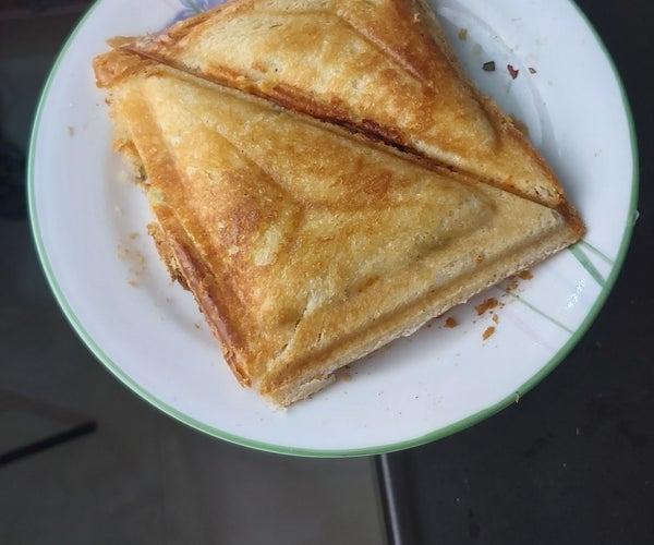 Delicious Cheese Capsicum Sandwich