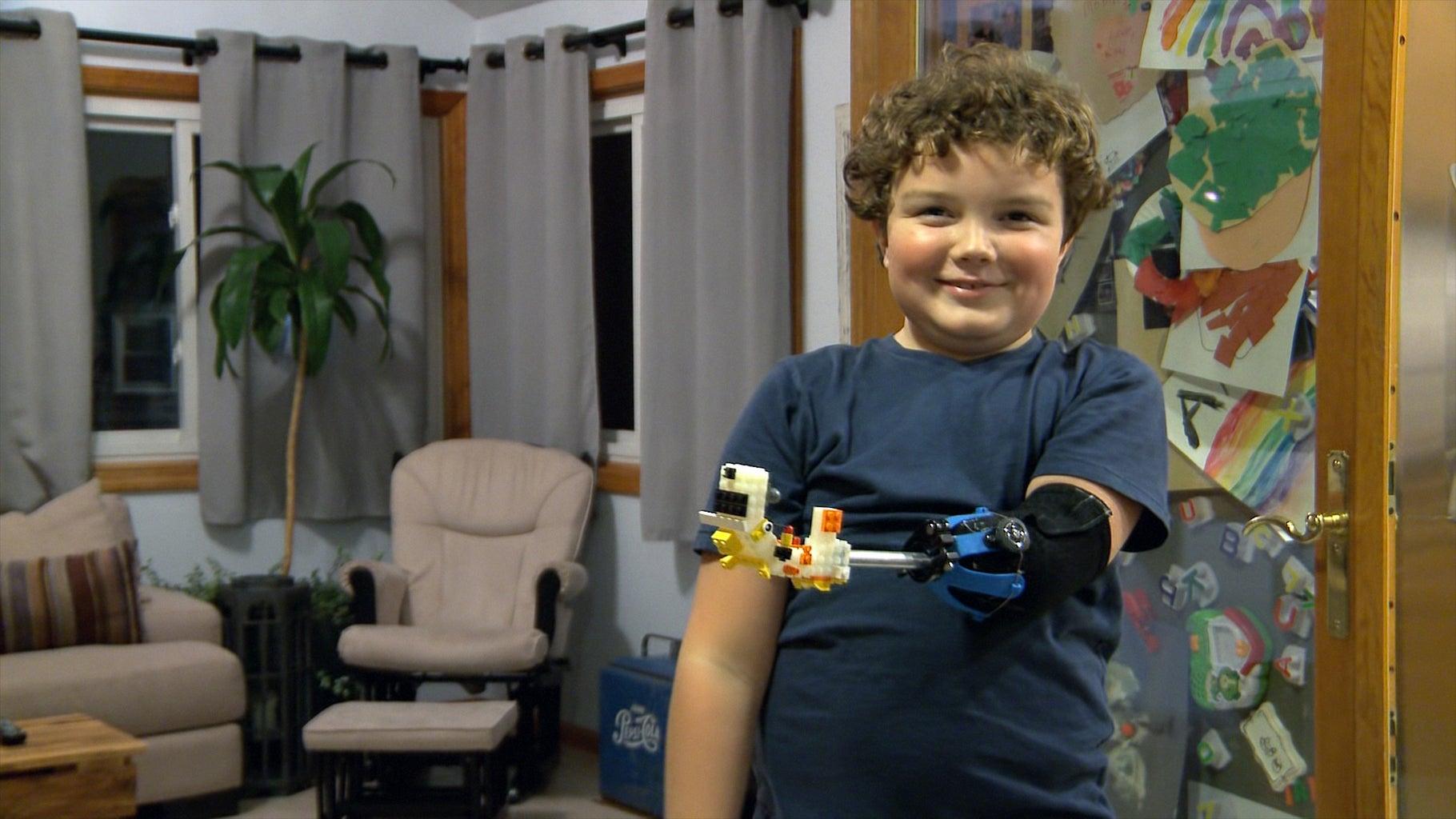 Attachment 5: LEGO Hand
