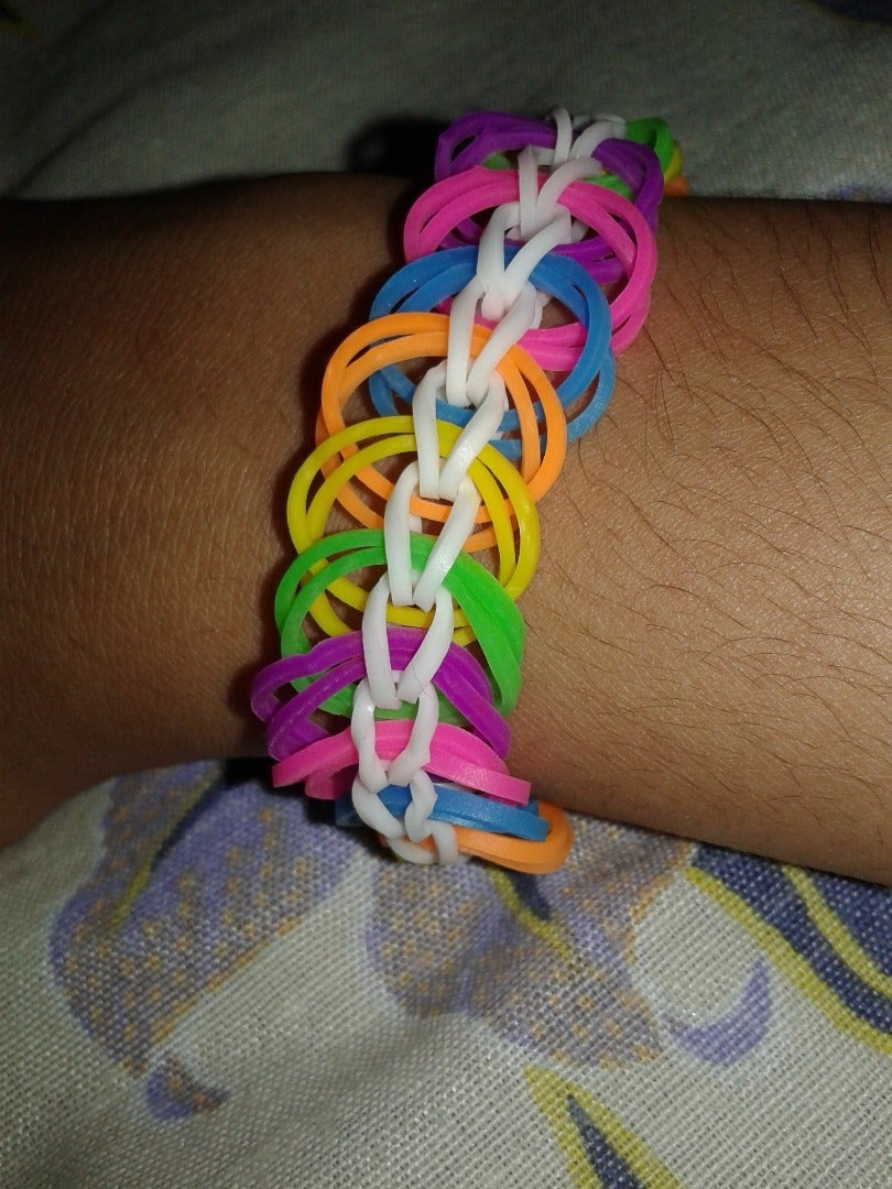 How to Make Easy Loom Bracelete