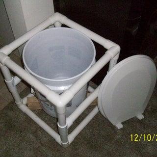 Emer_Toilet.JPG
