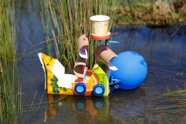 Makedo Balloon Boat