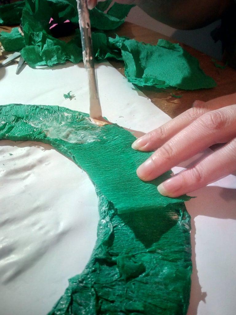 Coating Cardboard Ring Base in Crepe Paper