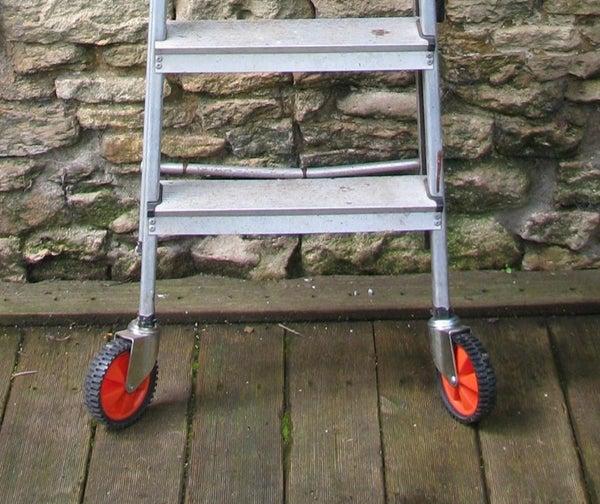 Manoeuvrable Ladder
