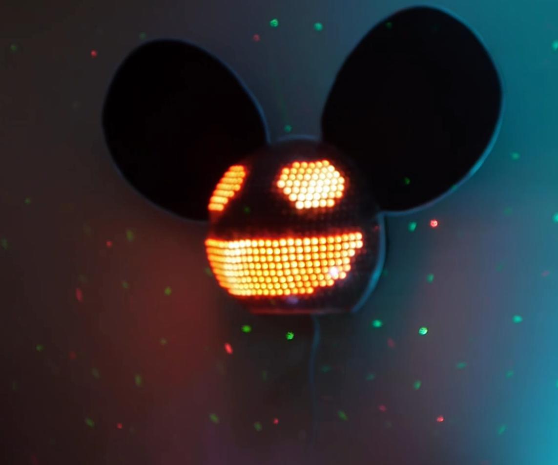 Fredmau5: LED Deadmau5 Head Replica