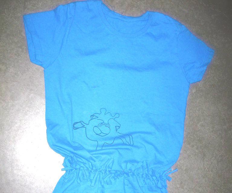 Tying a Tshirt into a dress