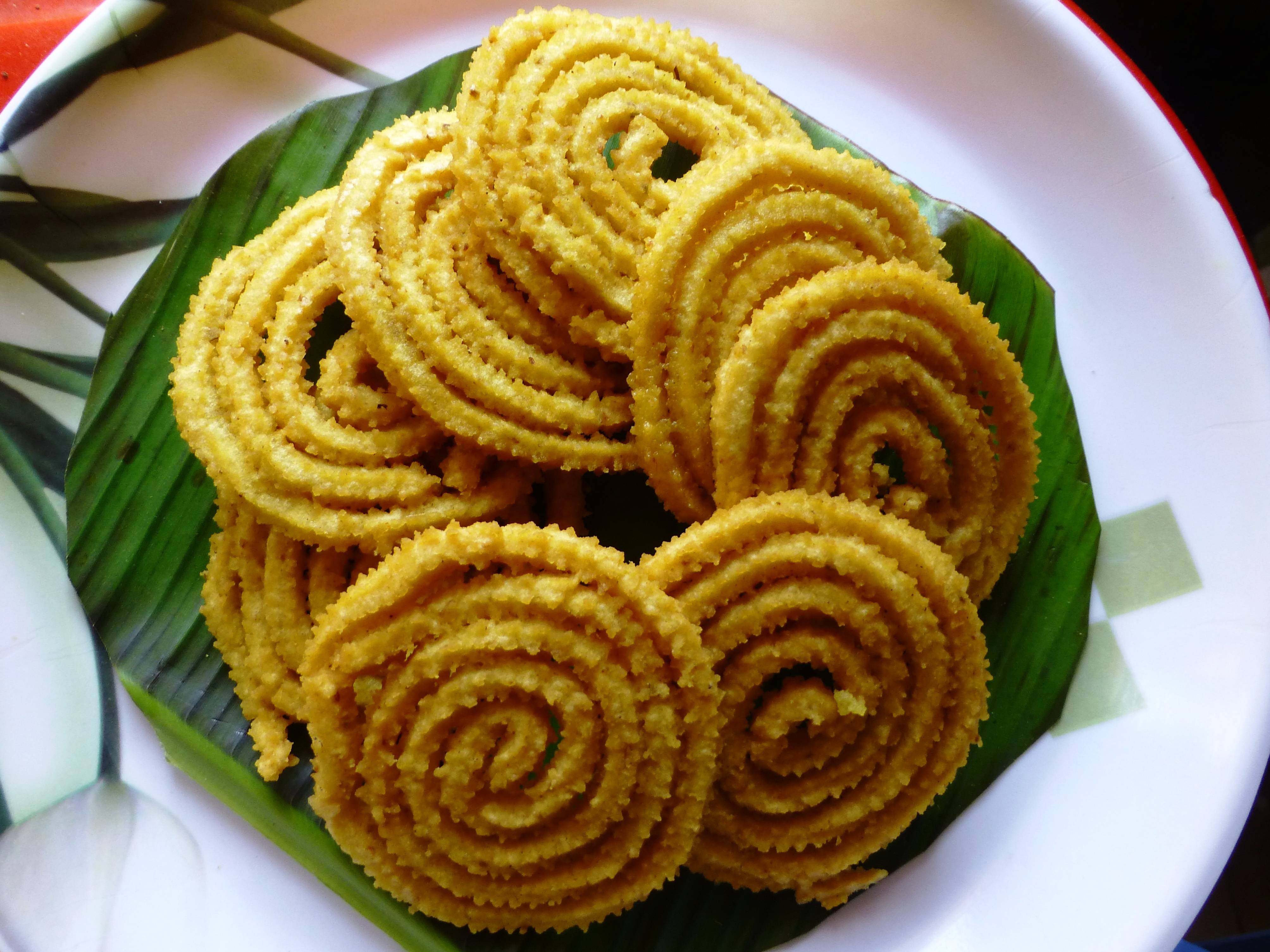 Murukku : Savory And Crunchy Twists Made From Rice Flour