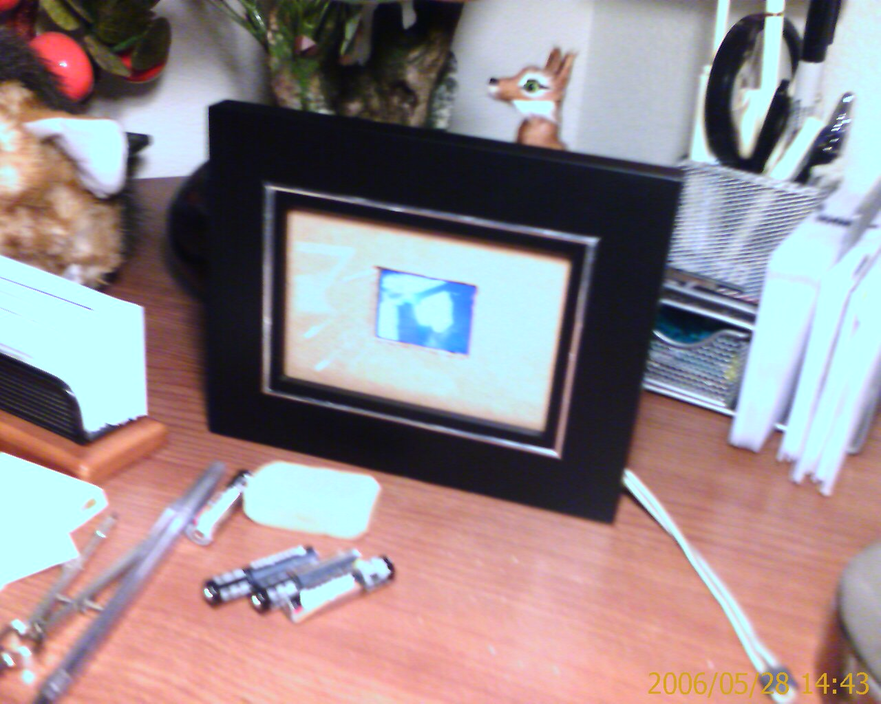 practical (real cheap, real easy) digital picture frame