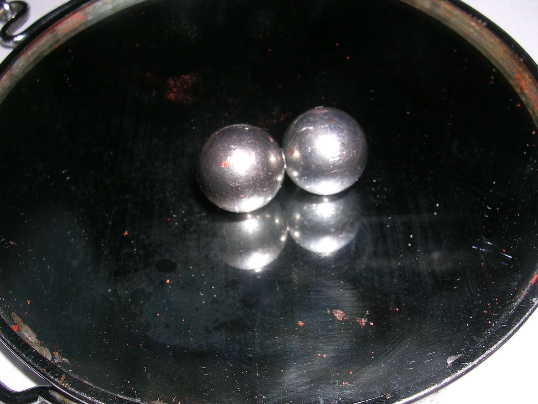 Hurricane Balls, 3000 rpm+ spinning toy.