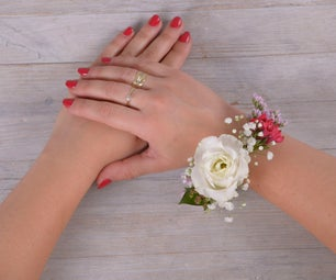 DIY With Flowers: Floral Bracelet