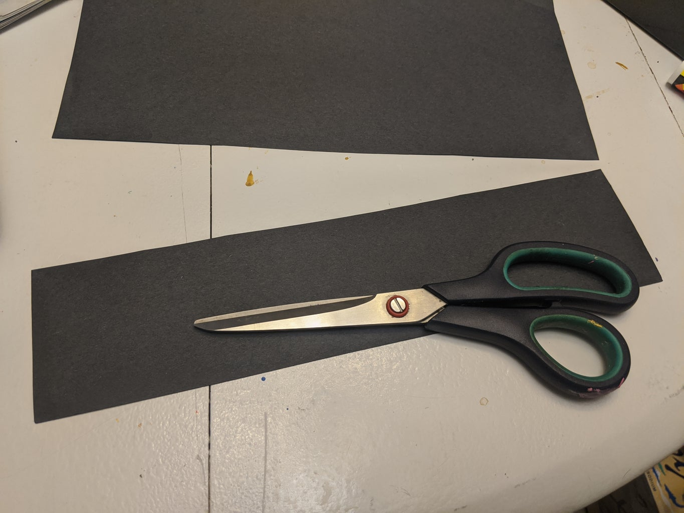 Cut a Strip Out of Your Other Piece of Paper.