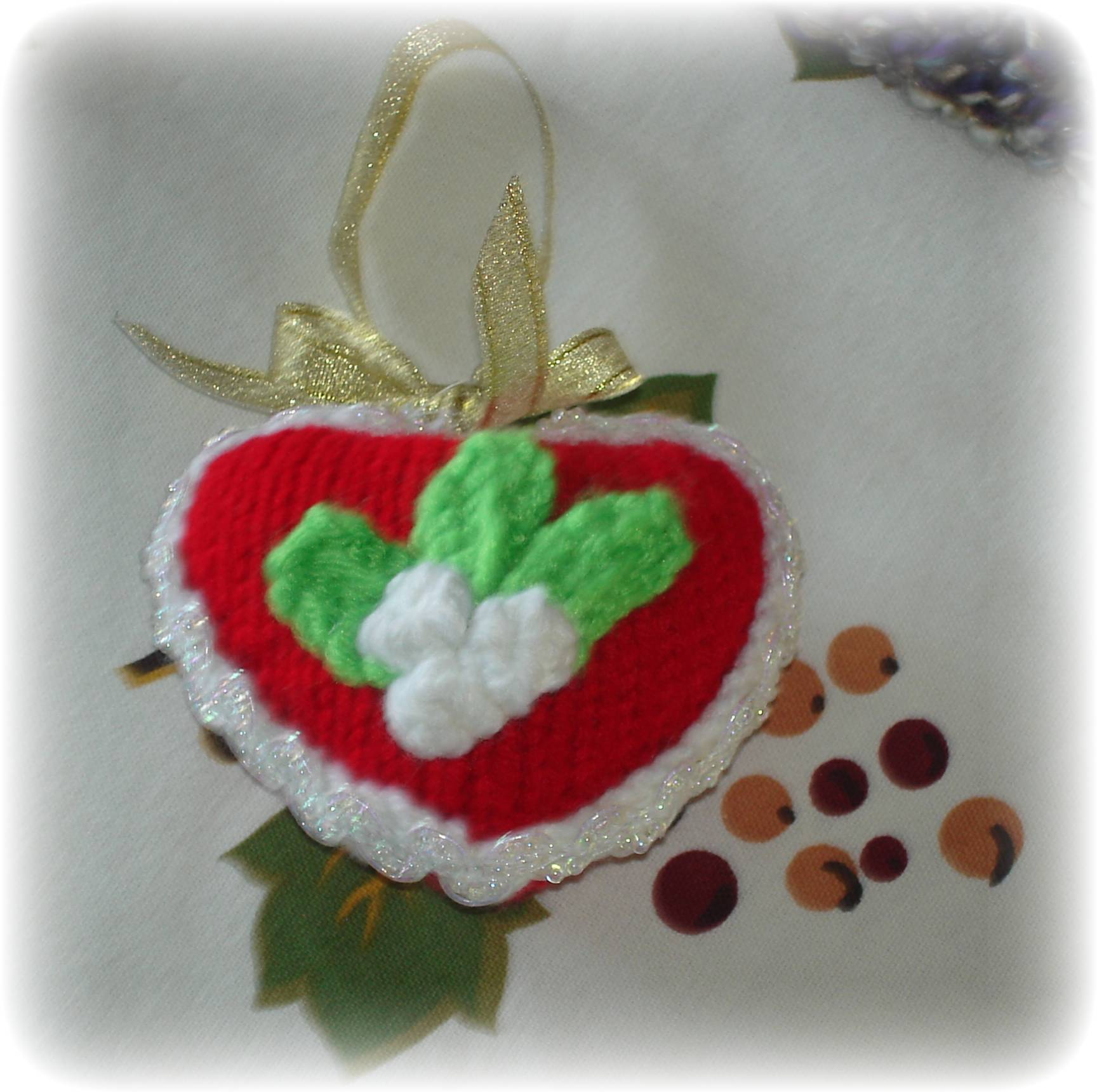 Knitted Heart for St. Valentine