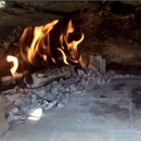 How to Fire Up a Pizza Oven