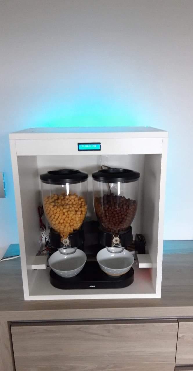 Automatic Cornflakes Dispenser (Cerematic)