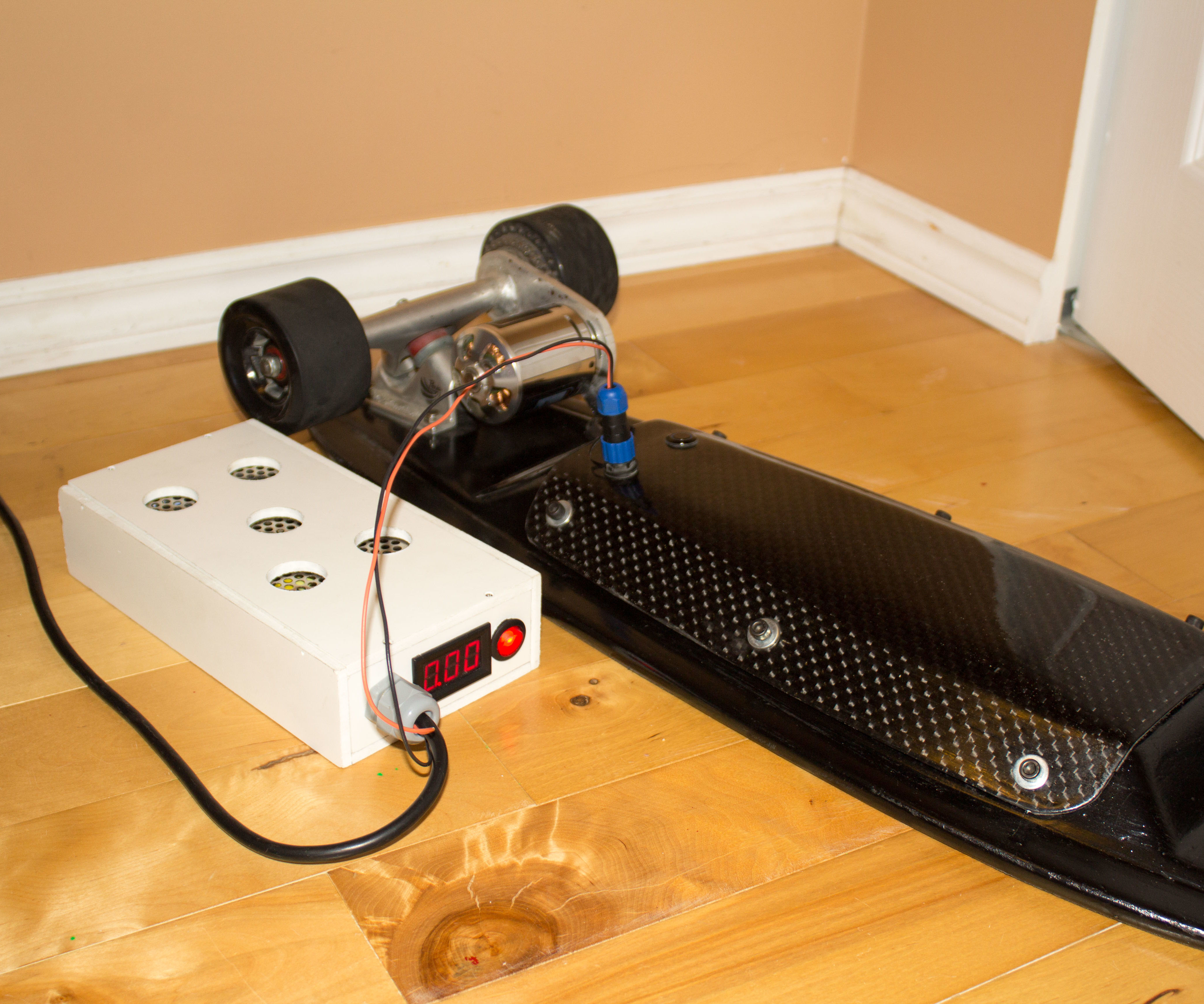 Fast Electric Skateboard LiPo Charging System (BMS + CV/CC PSU)