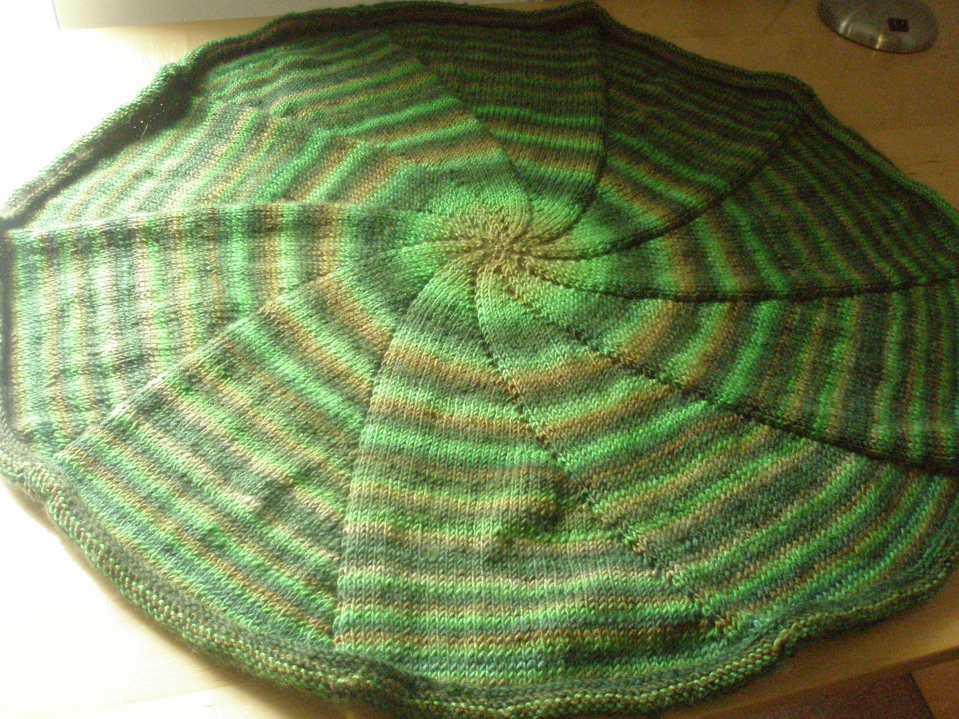 Circular Blanket Knitted In The Round 5 Steps With Pictures Instructables