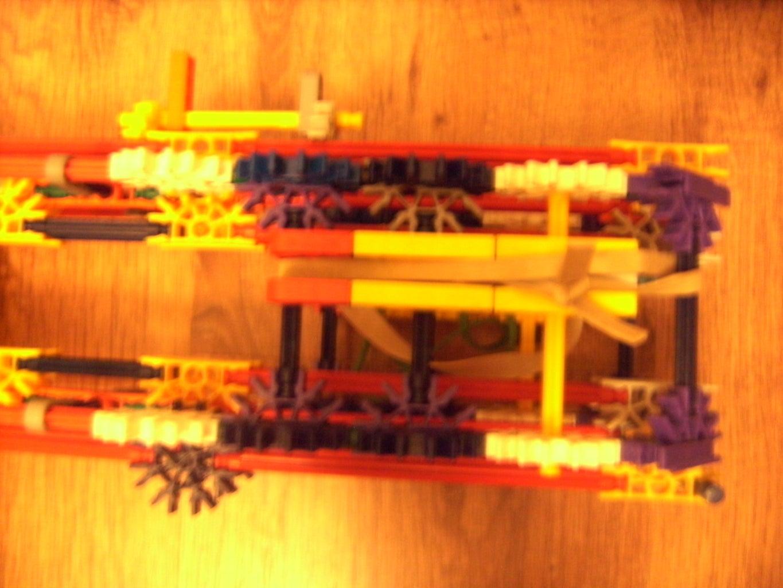 Knex Rocket Laucher