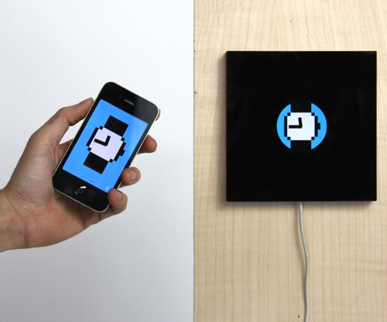 Reframe: Turn IPhones Into a Wall Widget