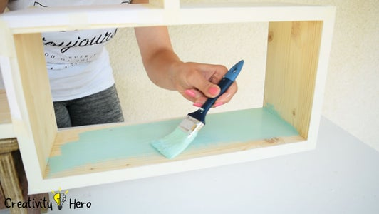 Second Try: Painting the Shelf.