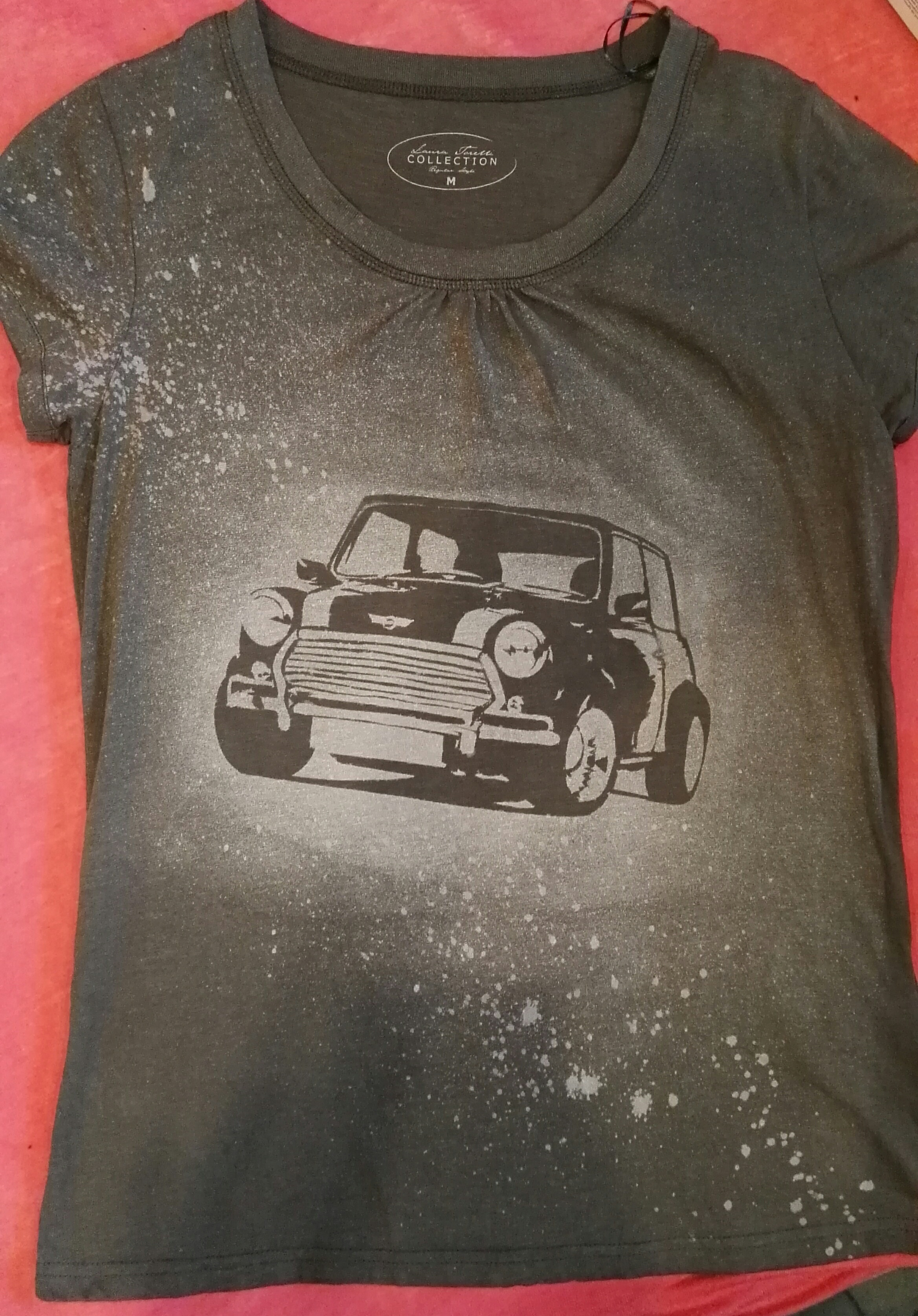 How to Bleach Shirts With Custom Designs.