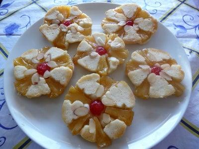 Pineapple-Almond Upside Down... Cookies!