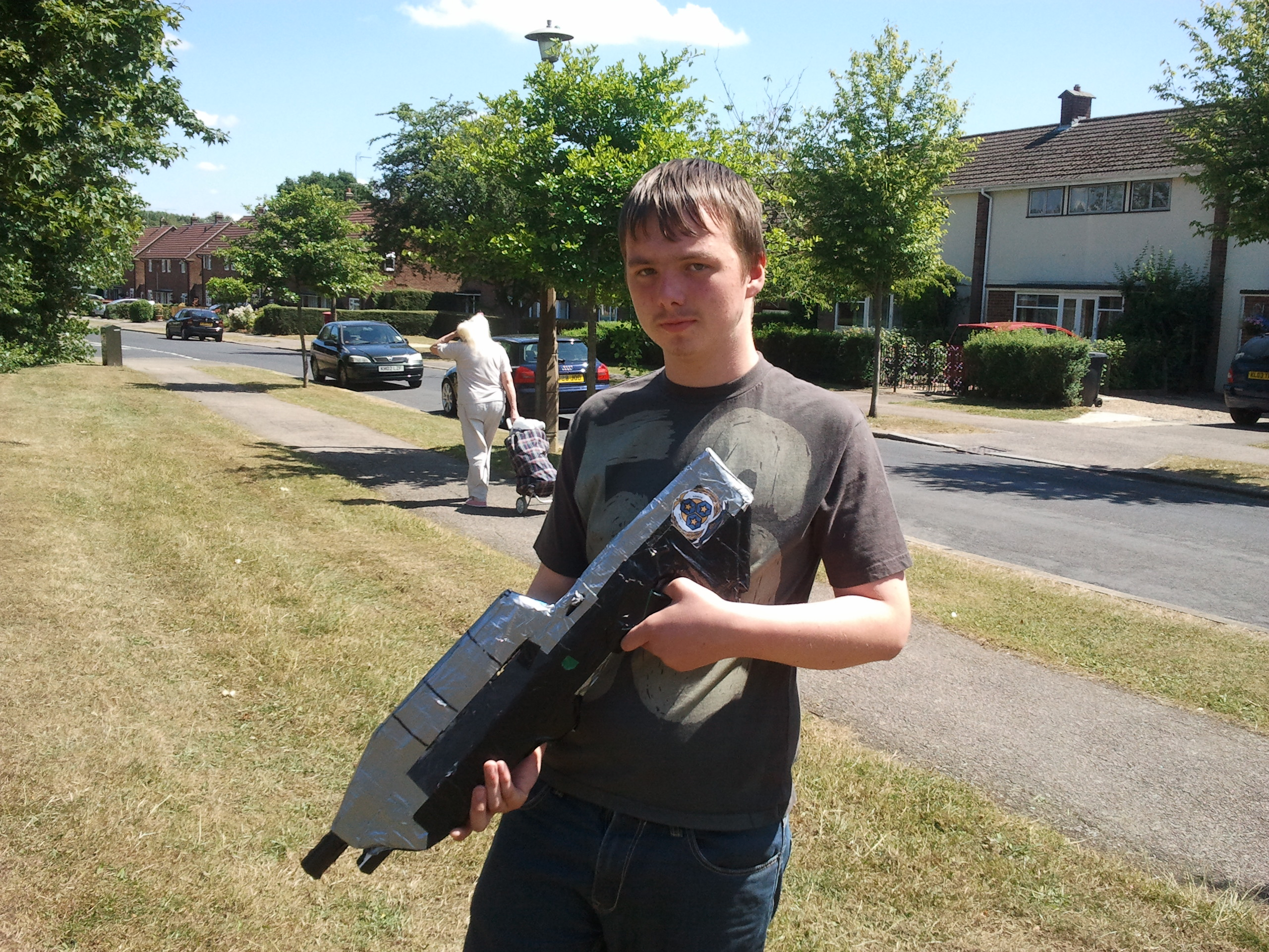 how to build an MA5C Assault Rifle from Halo 3