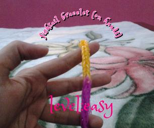 Loom Band Bracelet on Fingers